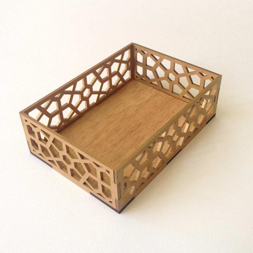 quindeblue-caja-regalo-oro-bandeja