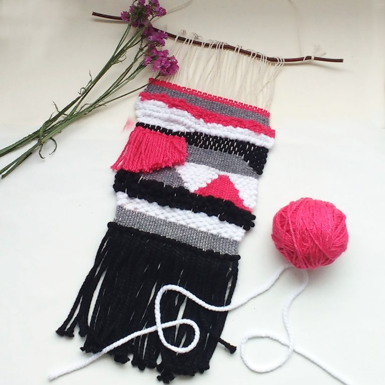 quindeblue-telar-negro-rosa-portada