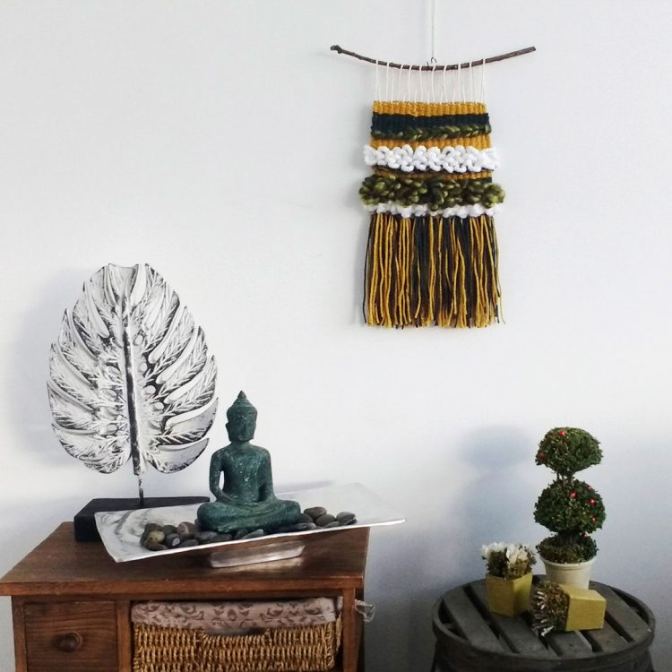 quindeblue-telar-verde-amarillo-pared
